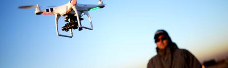 Apa Perbedaan Drone & Quadcopter?